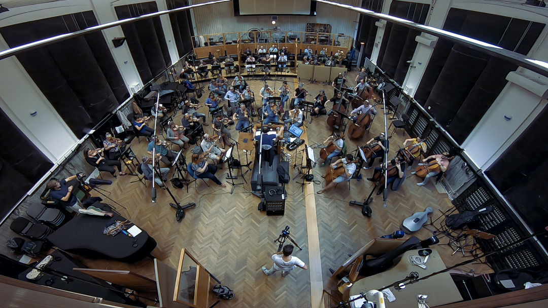 IMAGE: BTS - Orchestra recording fish-eye